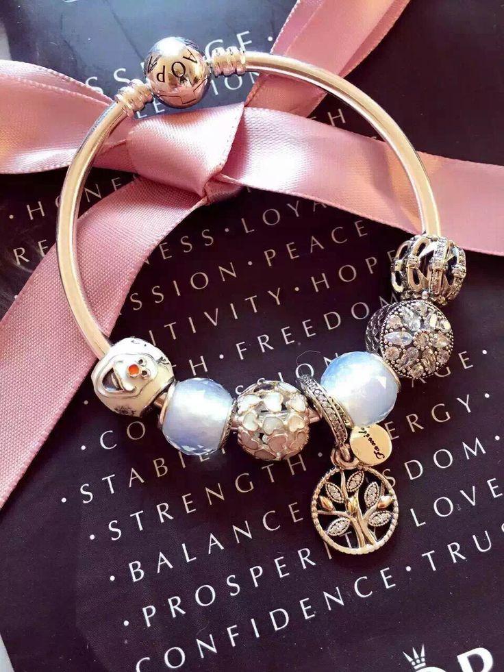 50% OFF!!! $199 Pandora Bangle Charm Bracelet White. Hot Sale!!! SKU: CB02110…