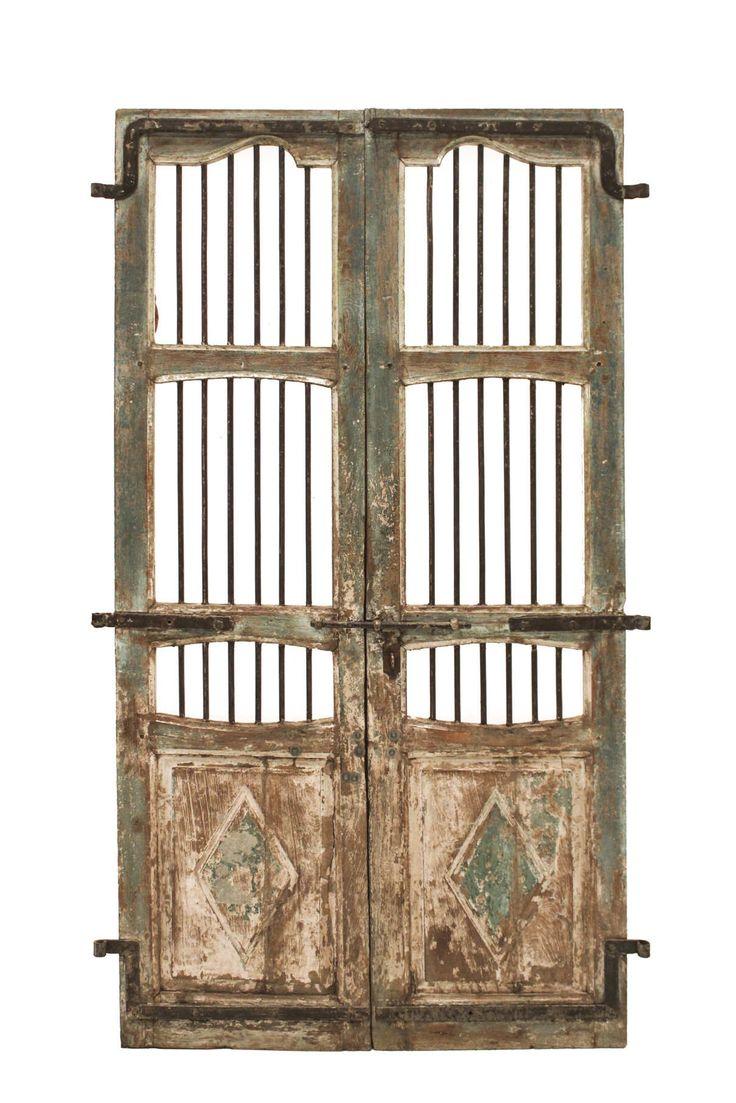 Conely   Puertas de madera, metal y forja, rústicas, artesanales. Decoración. #artesanales