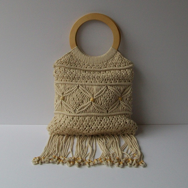 macrame bags...hmmm  OMG - I am pretty sure I had this exact bag that my  mom made me.  What were we thinking?  This was more like the late 60's early 70's.