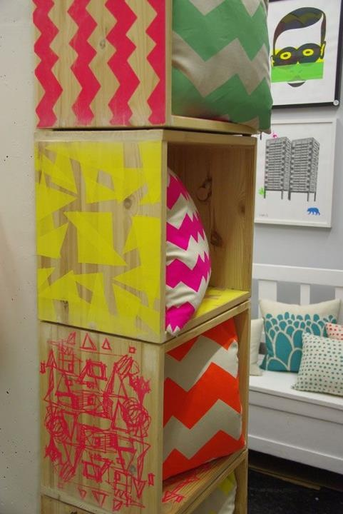 Print onto wooden crates or self-made wooden boxes. Use as shelving.