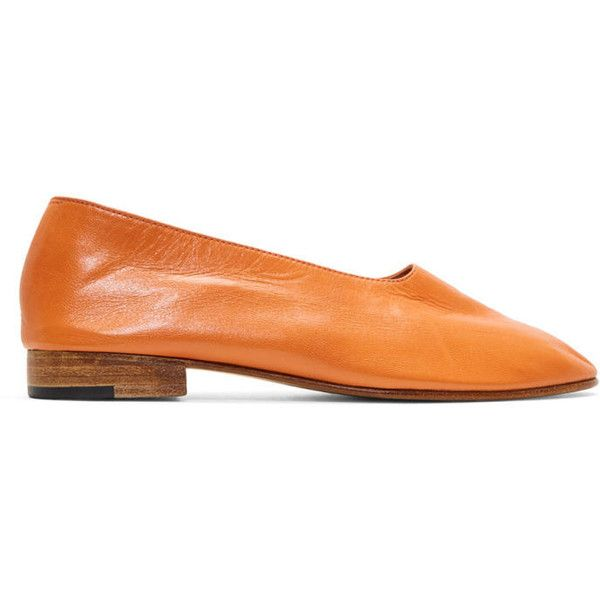 Martiniano Orange Glove Slippers (1,820 PEN) ❤ liked on Polyvore featuring shoes, slippers and orange