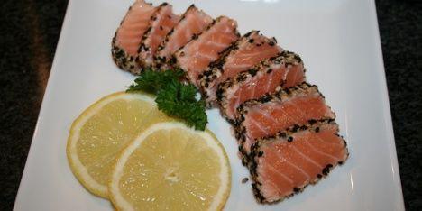 Laksetataki Flot og lækker sushi.