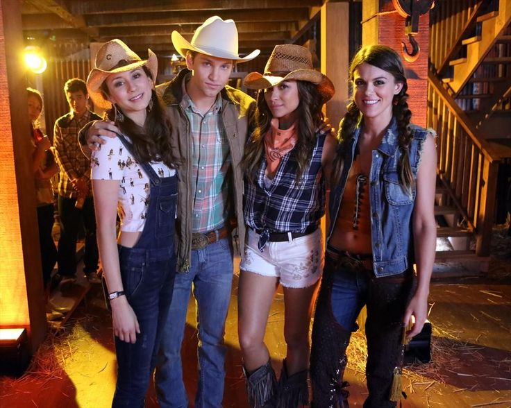 pretty little liars season 4 episode 11 behind the scenes of bring down - Halloween Episode Pll Season 4