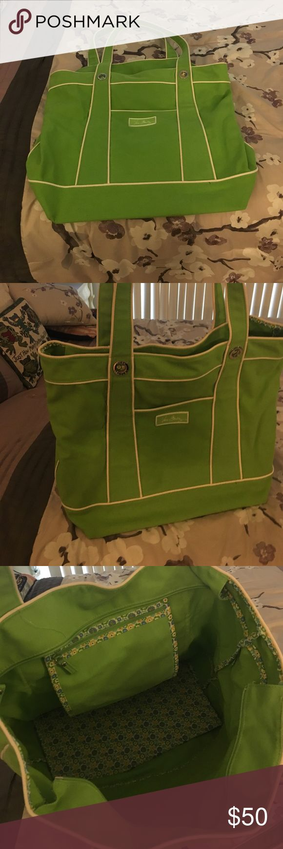 Vera Bradley Super Large Canvas Tote Impeccable condition. Large tote and made of canvas material. Non Smoking and pet free home. Make me an offer! Vera Bradley Bags Totes