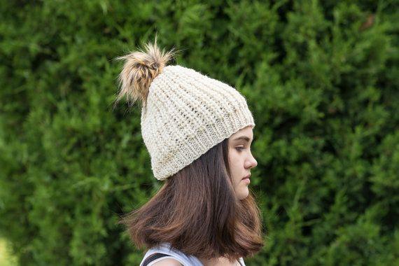 Cream  wool hat  Wool beanie  Loose knit hat  by Isabellwoolstudio