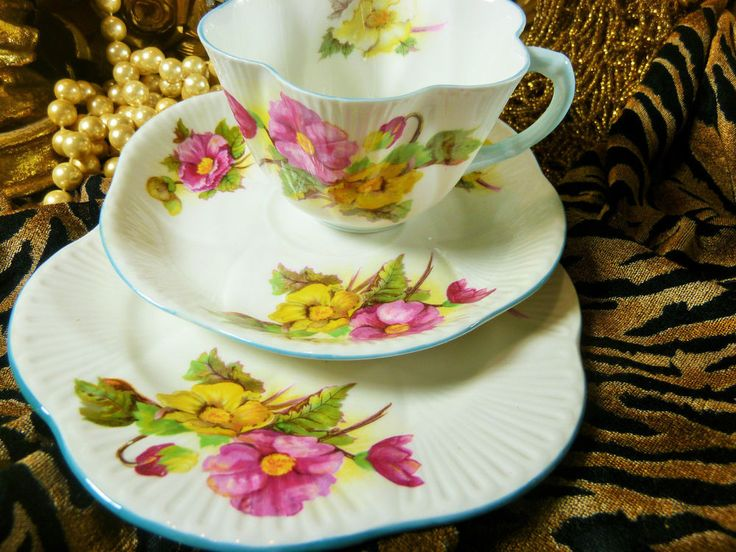 SHELLEY TEA CUP AND SAUCER TRIO DAINTY BEGONIA PATTERN BLUE TRIM VINTAGE GEM   Pottery & Glass, Pottery & China, China & Dinnerware   eBay!