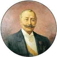 Rafael Reyes nació en Santa Rosa de Viterbo, Boyacá, República de la Nueva Granada, el 5 de diciembre de 1849 y murió en Bogotá, el 18 de febrero de 1921. Fue un político, explorador, comerciante y militar colombiano. Fue Presidente de Colombia entre 1904 y 1909. Perteneció al partido conservador.