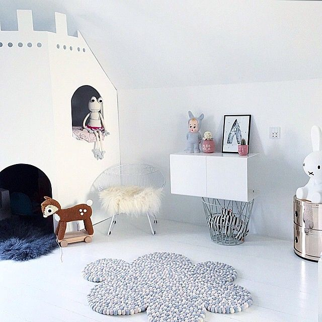 """Alba Viola's room Looks great @krea_pernille  love to see our Silver white Froggy is having a good life  #leggybuddy #sebra #annelindedk #miffy #boerneneskartel #trendbazaar #kartell #lapinandme #purefurdk #donebydeer #livink #wendelboedesign #trineholbaekdesigns"" Photo taken by @leggybuddy on Instagram, pinned via the InstaPin iOS App! http://www.instapinapp.com (04/11/2015)"
