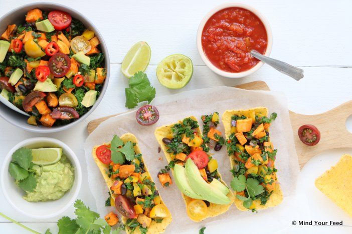 Een Mexicaanse twist aan de zoete aardappel? Met deze zoete aardappel salade Tex Mex met avocado, limoen en taco's zet je een heerlijke maaltijd op tafel.