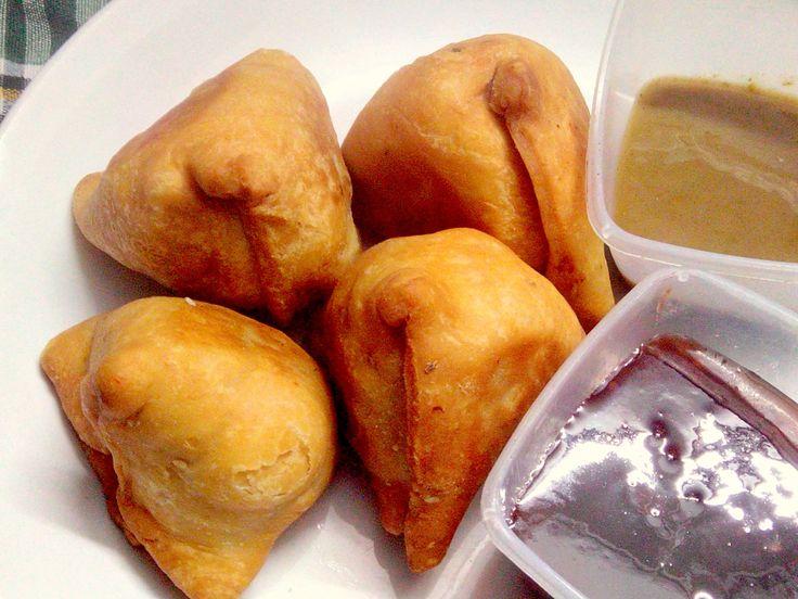 Samosa & Samosa Chatni Recipe - Popular Indian Snack - by Taste INDIA