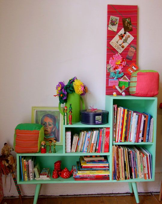 Love this book shelf - possible re-design to create one unit for between beds.