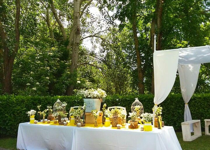 Scenic table