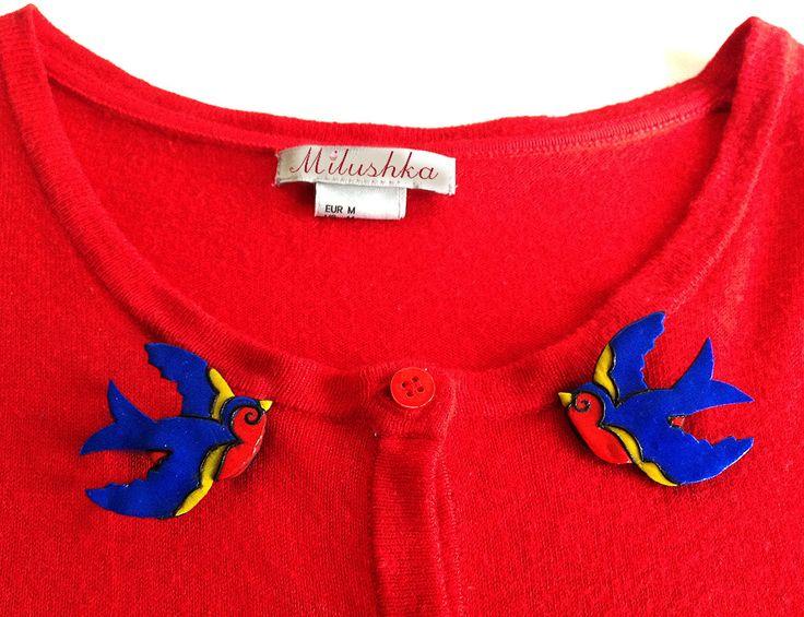 Rockabilly Tatoo Inspired Love Birds Kissing Swallows Cardigan Brooche Pins, Rockabilly Rockabella Pin Up Retro Double Brooches by Milushka by Milushka on Etsy