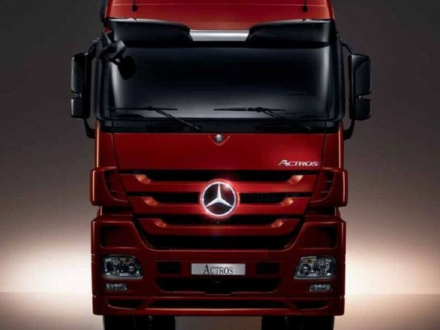 """Mercedes benz Actros 3550 S 33 AV 6x4 T-T - The """"Sexy"""" of Cargo Carriers."""