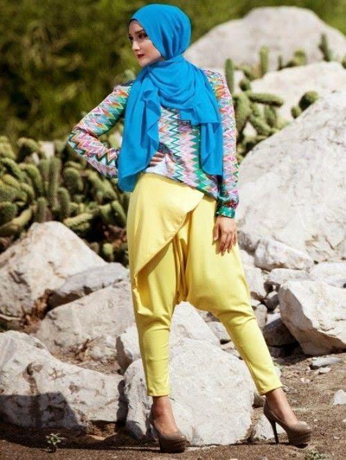 Model Baju Muslim Modern Terbaru untuk Traveling
