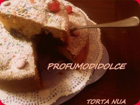 amore a prima vista......Torta Nua  dessert o colazione  http://blog.giallozafferano.it/profumodidolce/torta-nuada-de…-e-senza-bimby/ 