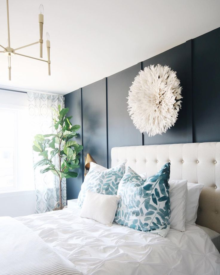 love the wall panelling as a bed
