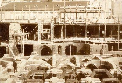 Épületfotó - az Iparművészeti Múzeum és Iskola Hőgyes utcai szárnya építés közben