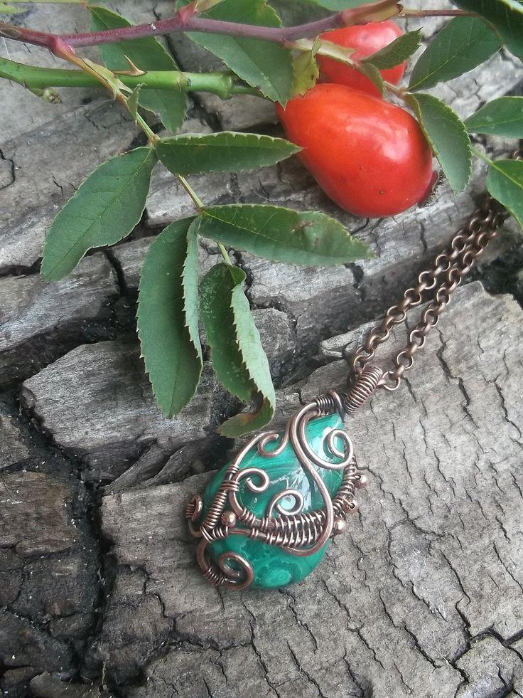 Мalachite pendant, Wire wrap necklace, Wire wrapped jewelry handmade,copper pendant by ElanorStudio on Etsy https://www.etsy.com/listing/189328711/malachite-pendant-wire-wrap-necklace