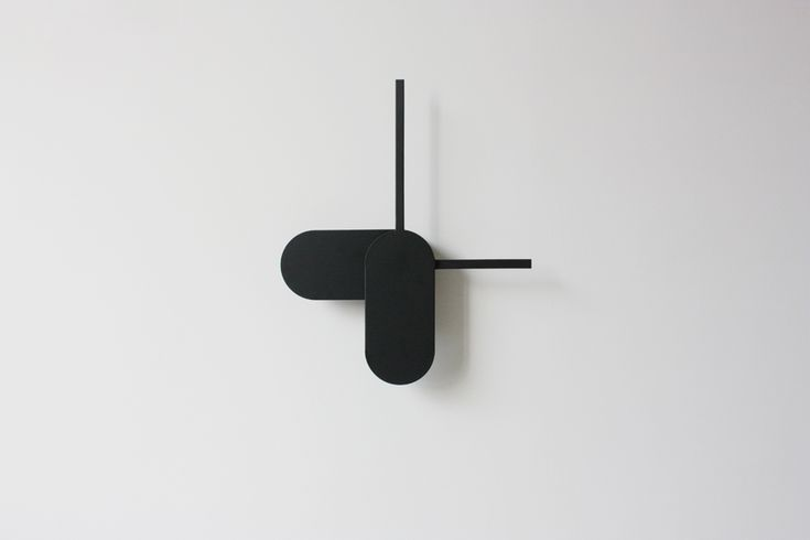 Big Hands Clock is a wall clock with the intention of exploring the perception of time. By adjusting the proportion and relative position of normal clock hands, hour and minute, the two hands interact inseparably and show various expressions of time at every moment.
