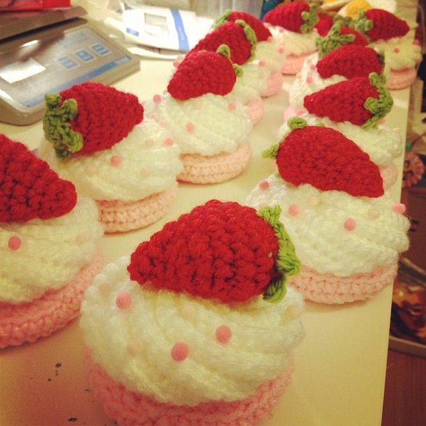 Twinkie Chan Crochet cupcakes ftw!