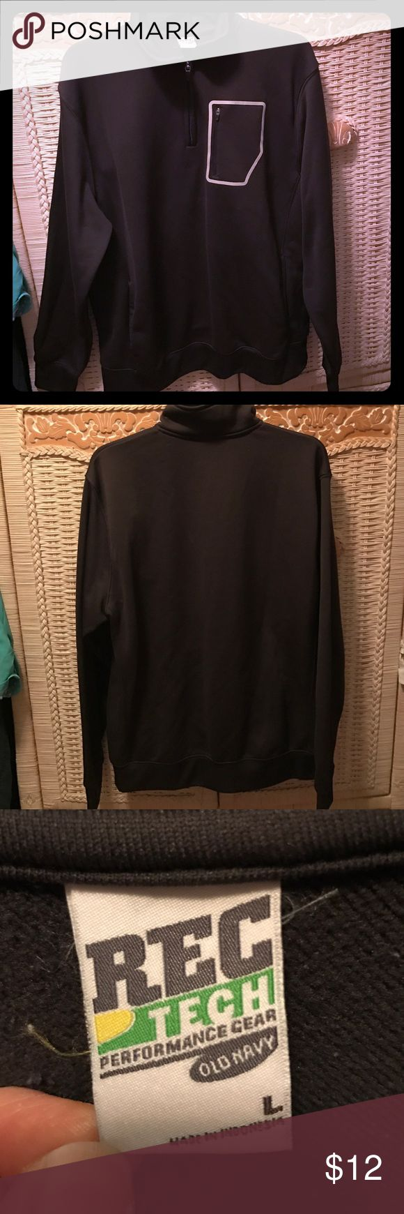 Old Navy zip-up pullover This Men's pullover has a zipper pocket for keys, smaller cellphone or iPod! 2 pockets in the front. Great condition! Some interior pilling. Old Navy Shirts Sweatshirts & Hoodies