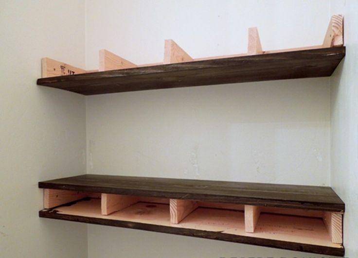 C mo hacer con 15 d lares una estanter a que parece de for Estanteria madera bano