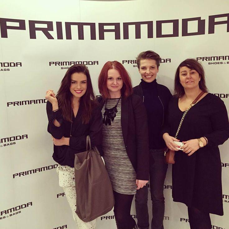 Natasza Urbańska także chętnie pozowała na ściance z torebką PRIMAMODA. Cieszymy się, że nasze produkty znajdują uznanie w oczach tak wymagających kobiet.