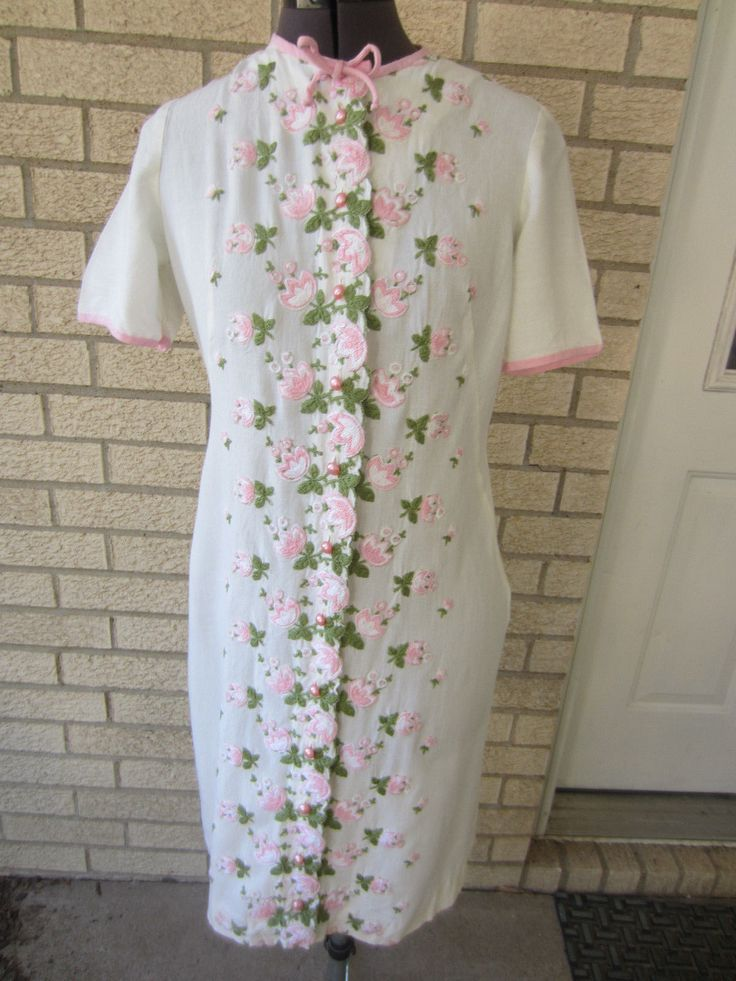 1960s Trends by Jerrie Lurie cotton embroidered pink flowers shift dress sz L | eBay