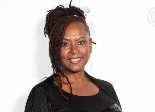 Celebrity News: 'Howard Stern' co-host, Robin Quivers reveals battle with cancer | AT2W