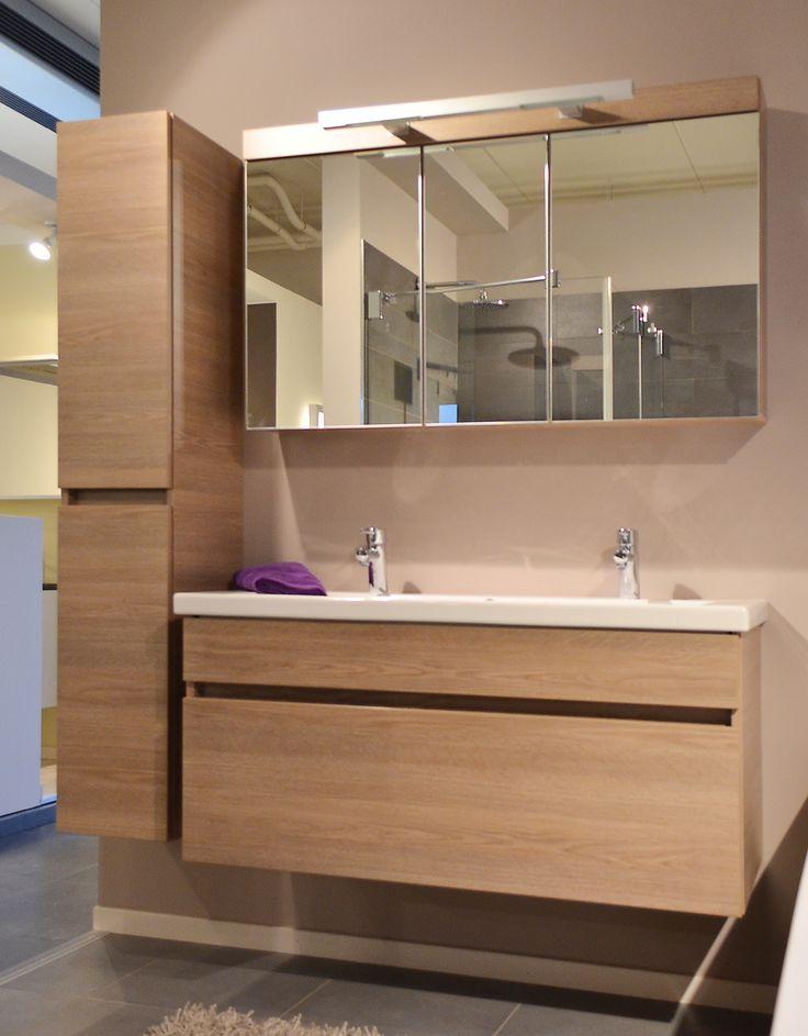 Sanicomfort - Alke Quadro 140cm 2xlade met indeling + spiegelkast 3 deuren met verlicht eik natuur