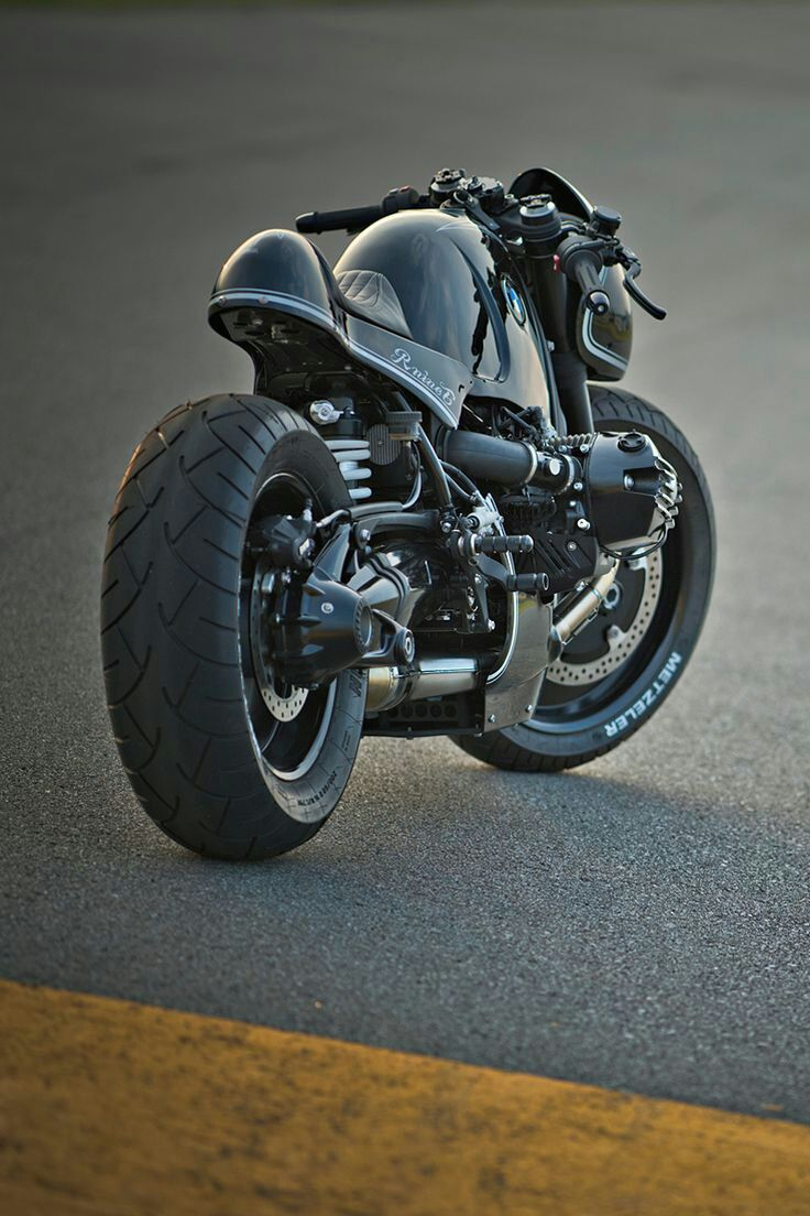 thezainist: For six months, four of Japan's top custom workshops have been tearing down and rebuilding BMW's R nineT roadster. This extraordinary machine comes from Cherry's Company: a brutal roadburner nicknamed Highway Fighter.