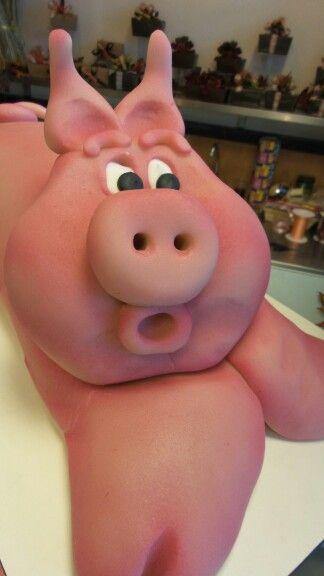 Marsepein varken per 100 gram #bakkerijdekoning #marsepein #roze #pink #sint  www.bakkerijdekoning.nl