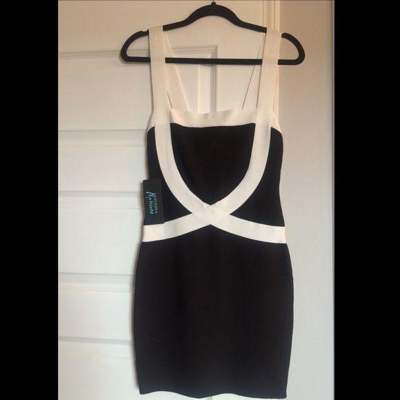 Guess Marciano Medium Black Dress Jet black and white Medium bodycon dress Guess by Marciano Dresses