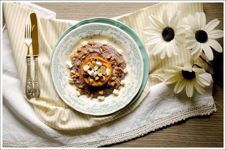 Tortino di Formaggio Galaverna del Mugello con Cuore Fondente su Crema di Radicchio Trevigiano e Pera con Crumble di Castagne e Nocciole Tostate: http://www.pixelicious.it/2015/03/25/tortino-di-formaggio-galaverna-del-mugello-con-cuore-fondente-su-crema-di-trevigiano-e-pera-con-crumble-di-castagne-e-nocciole-tostate/