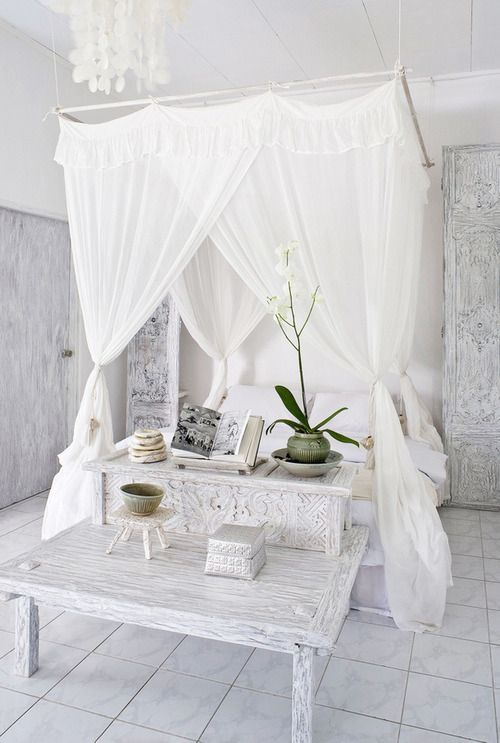 fabulous white bedroom...