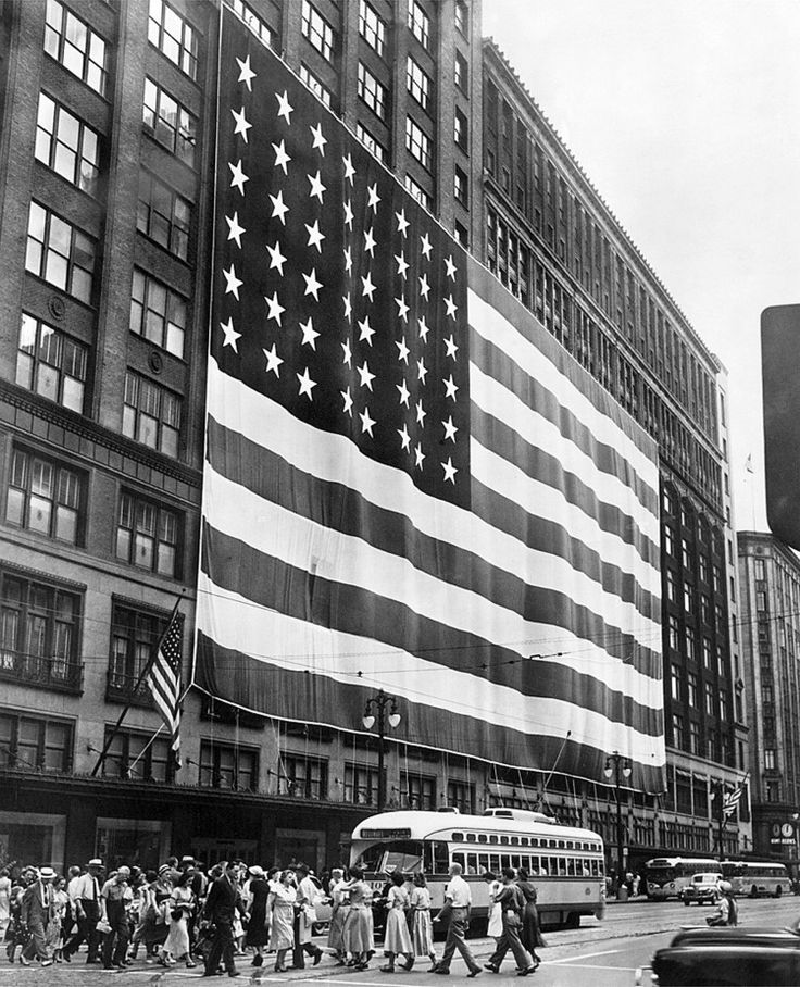 Vintage photo of American Flag on Hudson's Dept. Store, on Woodward Ave, Detroit, MI....The flag was seven stories tall!!