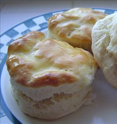 Recipe for Cracker Barrel Old Country Store Biscuits - I like these because they are so quick and easy. I always have to double the batch to make sure I get some!