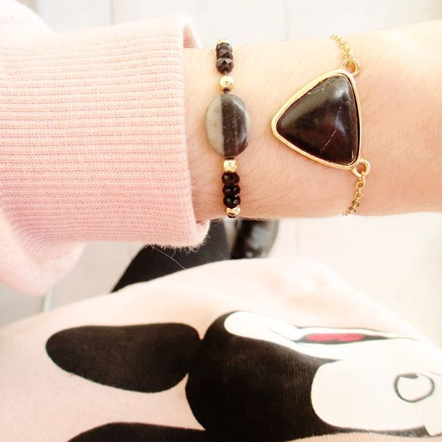 Outfit of the day ♥  Simple et efficace !  On aime ? ☺ Dispo sur l'e-shop http://pandlaura.tictail.com/ 🐼  Belle journée à vous !😘 #Details #gold #black #bracelet #black #strass #outfitoftheday #me #look #girl #outfit #chic #mickeymouse  #girl #igers #l4l #likeforlike #minimalist #love #cute #inlove #gift #jewelry #bijoux #jewels #tenue #ootd #otd #vsco #vscocam #mood #instadaily