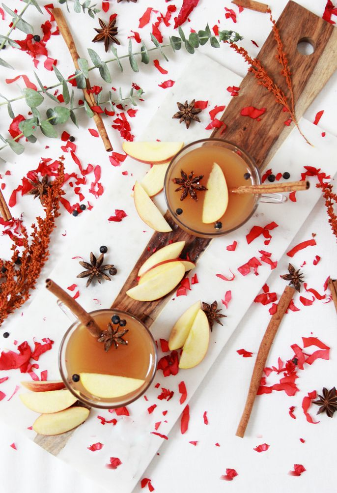 DRINK | Spiked Cinnamon Roll Apple Cider Cocktail Recipe