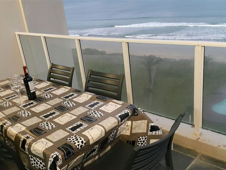 Diaz Beachfront - We are looking forward to welcoming you at this luxurious, brand new, two-bedroom self-catering apartment in the stunning Beach Club secure complex. It is right on a safe swimming / surfing beach, with ... #weekendgetaways #mosselbay #gardenroute #southafrica
