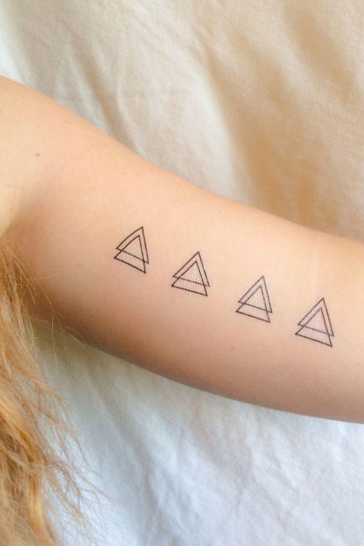 Tatouage triangle signification fashion designs - Signification triangle tatouage ...