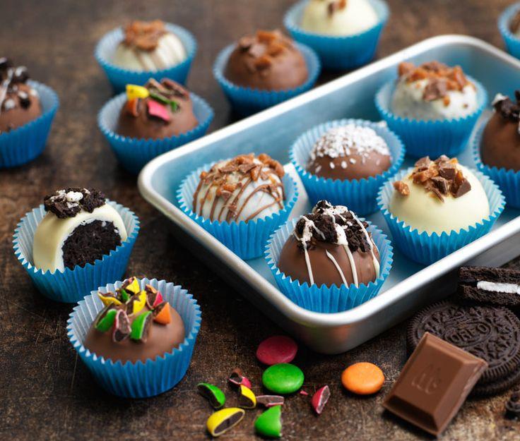 Ett kakmonster gillar per automatik även godis. Här har vi samlat recept som innehåller allt som är bra - kakor och godis i ett!