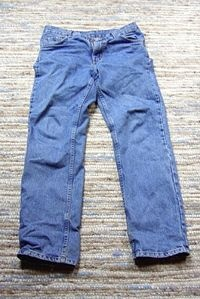 easy way to distress jeans