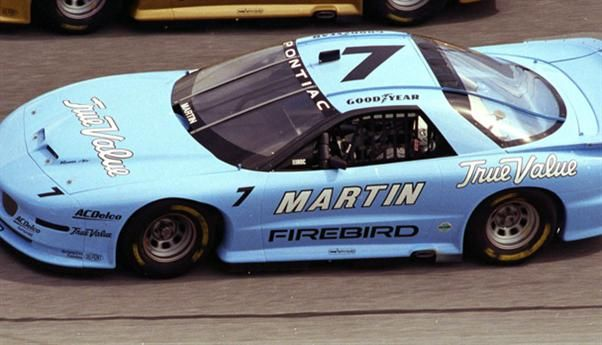 Mark Martin to the 1997 IROC championship. Photo: ISC Archives