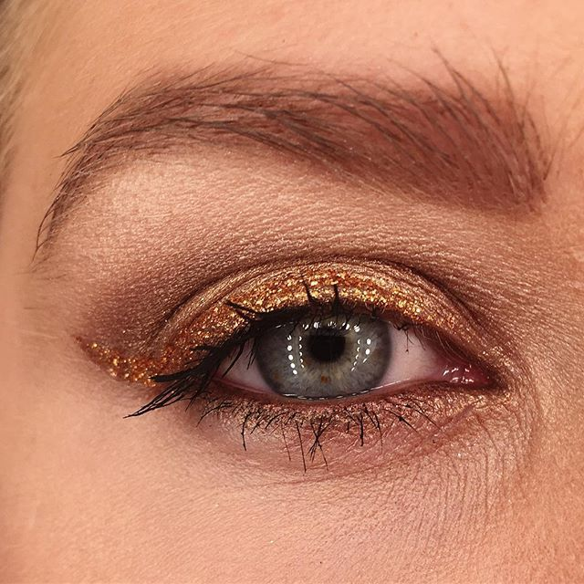 Copper Vibes 🍂🍂🍂 #beauty #look #makeuplook #makeup #glitter #copper #mua #eyemakeup