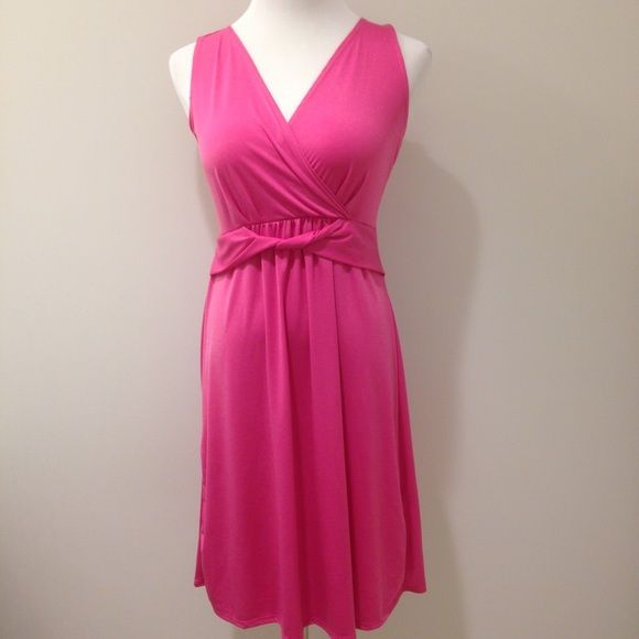 Cute pink dress. Petite size Medium. NWT but price has been removed. 94% polyester 6% spandex.  Length: 36 inches Bust: 16 inches Waist (at the elastic): 13 inches Elementz Dresses