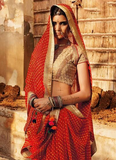 "@indiancouturee ""The fashion in India's Thar Desert."""