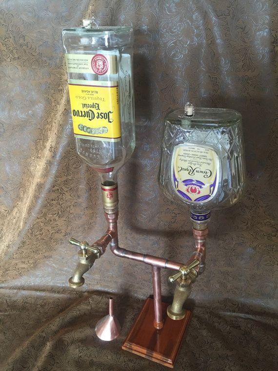 El dispensador doble de Whisky/licor con por ManMadeForManCave