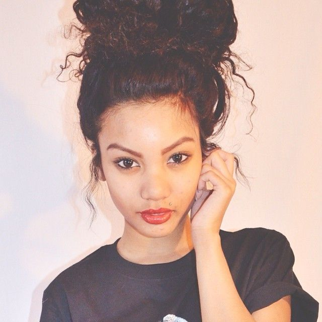 1000 ideas about Messy Curly Bun on Pinterest
